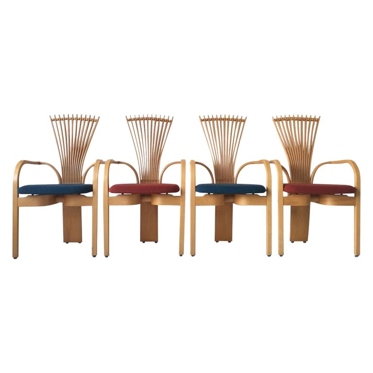 Extraordinary Memphis Style TOTEM Chairs by Torstein Nilsen for Westnofa, 1980s For Sale