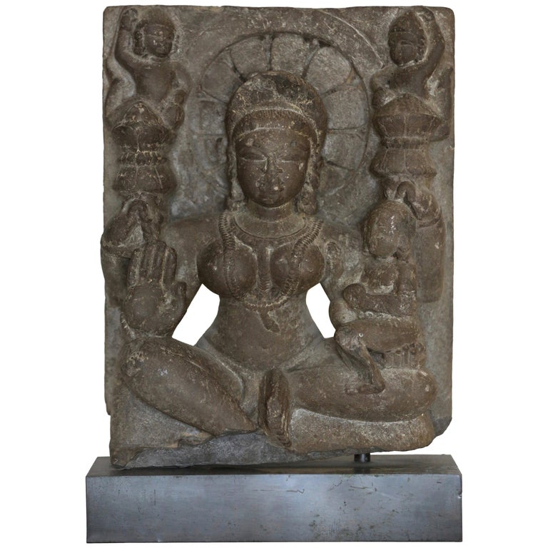 Indian Goddess Black Stone Sculpture, Rajasthan, 11th-12th Century For Sale