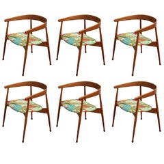 Set of Six Modern Oak Horseshoe Back Dining Chairs Hans Wegner Style