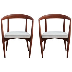 Pair of Modern Sculptural White Velvet Dining Chairs by Lawrence Peabody