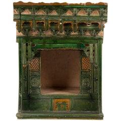 Antiker Chinesischer Hochzeitsbett Glasierter Dachziegel, Ming-Dynastie, China, Circa 1650