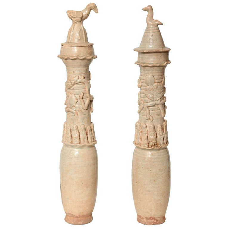 Antique Ceremonial Urns, Song Dynasty, 12th-13th Century For Sale
