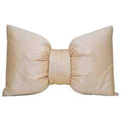 63d9e9bcb50c French Antique Pink Peach Silk Bow Cushion Pillow For Sale at 1stdibs