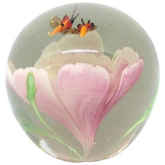 Beautiful Flying Bees Murano Glass Paperweight Mid-Century Modern Italy