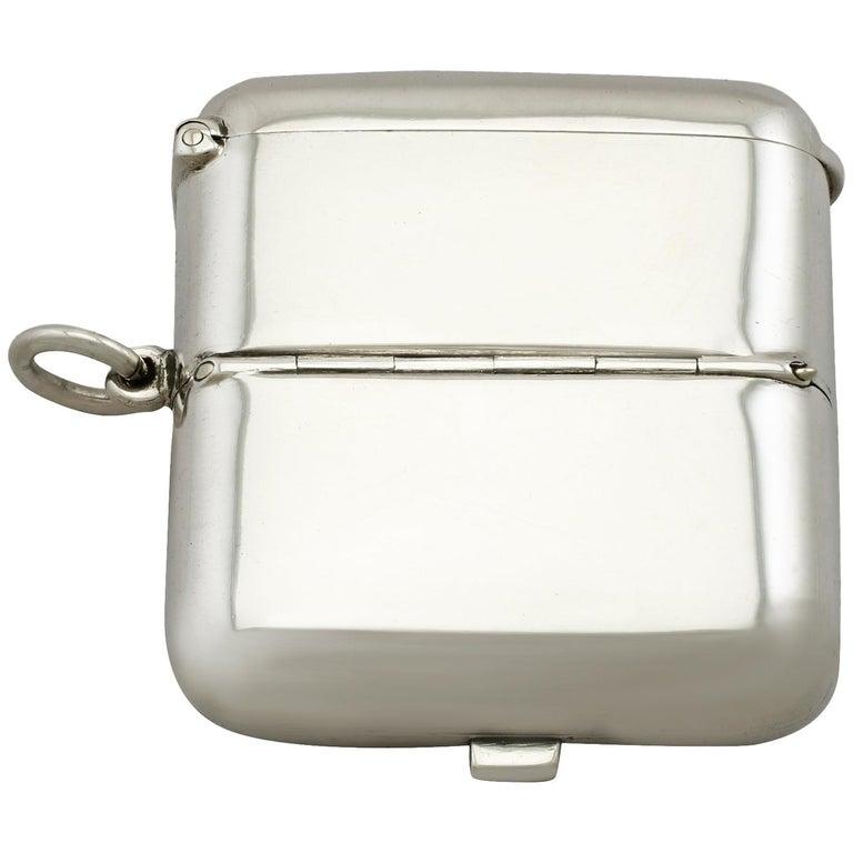 Antique Victorian English Sterling Silver Combination Sovereign/Vesta Case For Sale