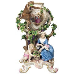 Meissen Potpourri Vase Wine Grapes Monkey Model 1002 by Eberlein Made circa 1860