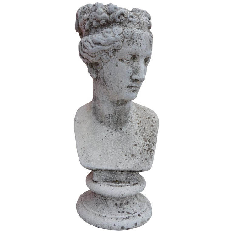 19th Century Italian Renaissance Style Bust of Venus Goddess of Love and Victory For Sale
