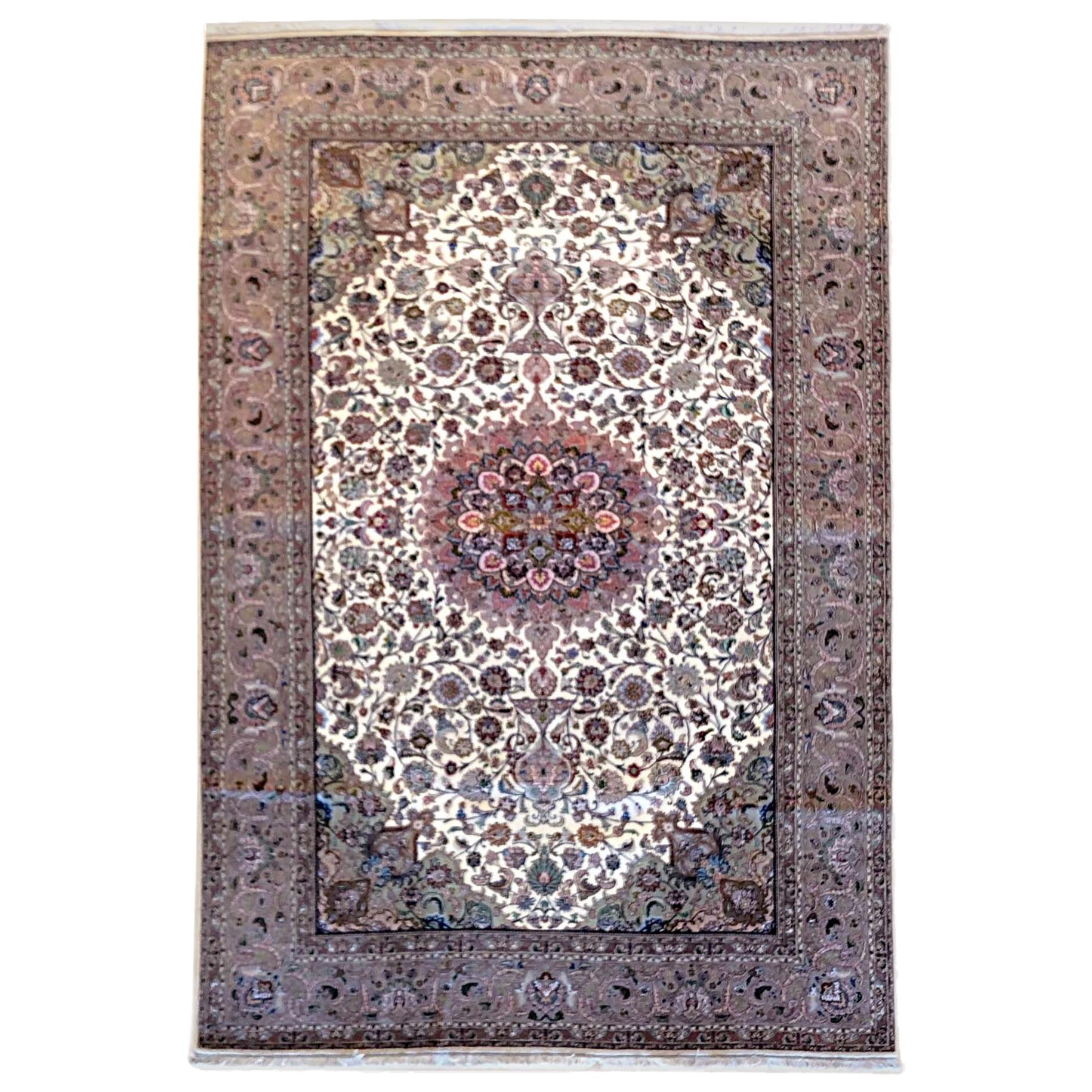 Persian Hand Knotted Floral Medallion Tabriz Rug