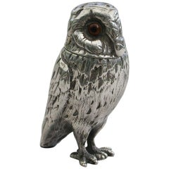 Victorian Novelty Antique Silver Owl 'Pepper' by Richards & Brown, London, 1871