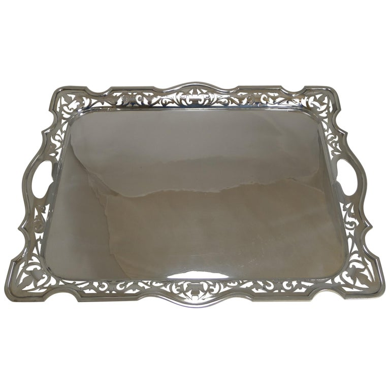 Large English Serving Tray by Martin Hall & Co., circa 1900 For Sale