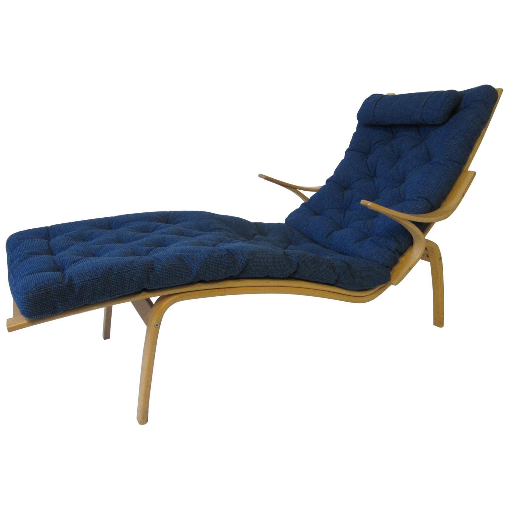 Alvar Aalto Chaise Lounge Chair For Artek Finland Sale At 1stdibs
