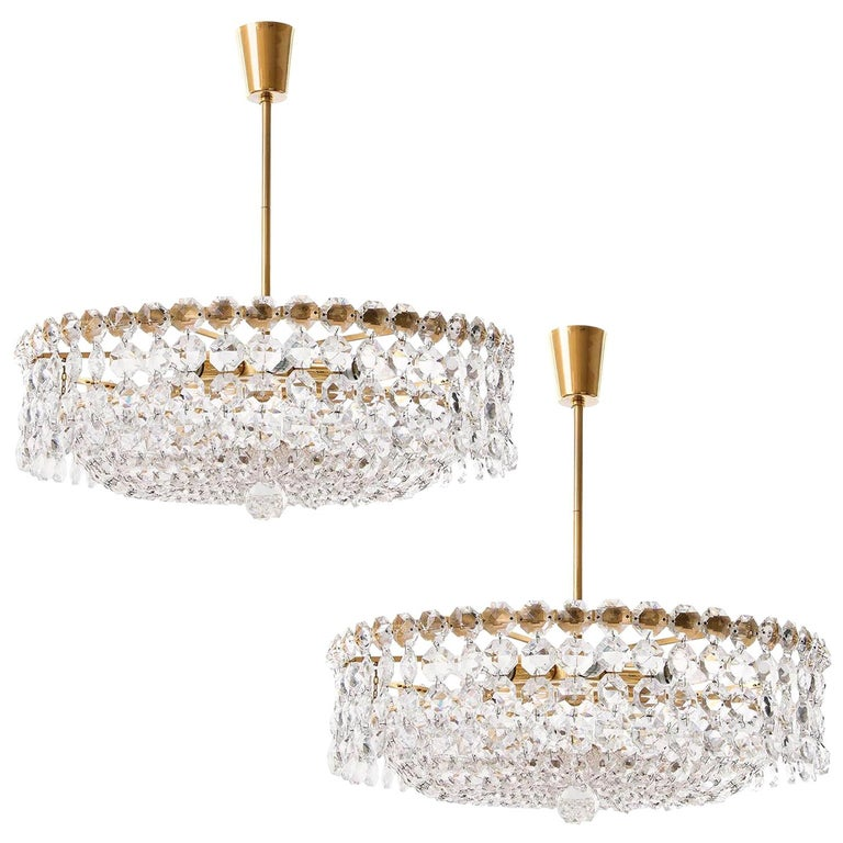 Pair of Bakalowits Chandeliers Pendant Lights, Crystal Glass Gilt Brass, 1960 For Sale