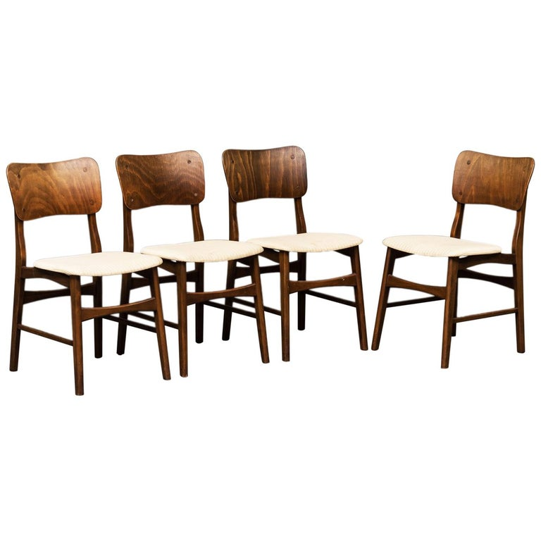 Set of Four Dining Chairs by Ib Kofod-Larsen for Christensen & Larsen For Sale