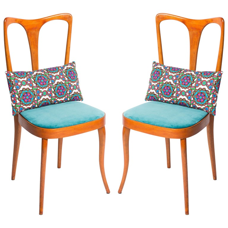 Four Midcentury Italian Birch Chairs with Vintage Print Pillows by LadoubleJ For Sale