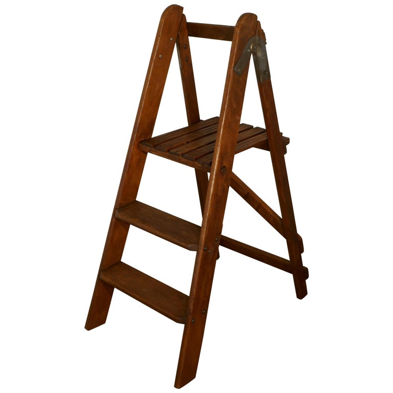 Easy Action Pine Step Kitchen Ladder For