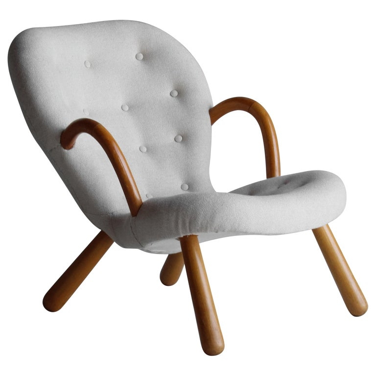 Philip Arctander, Clam Armchair, Fabric and Stained Beech, Denmark, 1940s For Sale