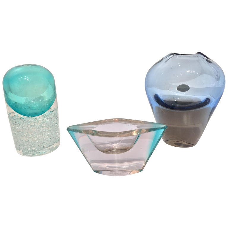 Set Petite Glass Vases and Ashtray For Sale