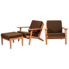 2 Hans Wegner GE290 Chairs with Ottoman, 1950s