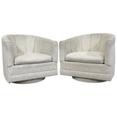 Pair of Mid-Century Modern Milo Baughman Style Precedent Swivel Club Chairs