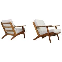 Pair of 1960s Hans J. Wegner Lounge Easy Chairs Mod. GE 290 Oak GETAMA