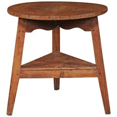 English Pine Cricket Table with Scalloped Apron and Lower Shelf, circa 1880