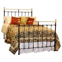 Double Antique Bed in Black, MD73