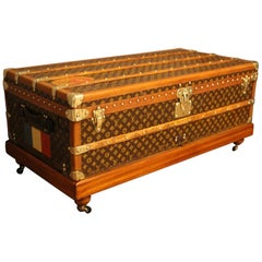 Louis Vuitton Furniture  Trunks 69295a4c8fe8