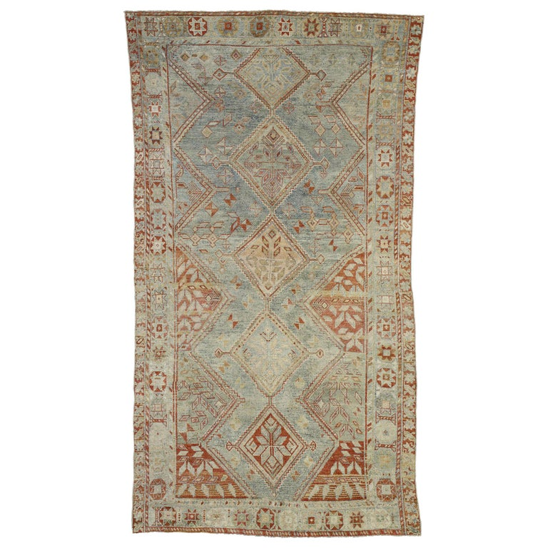 Antique Persian Shiraz Rug with Subtle Bungalow Style For Sale