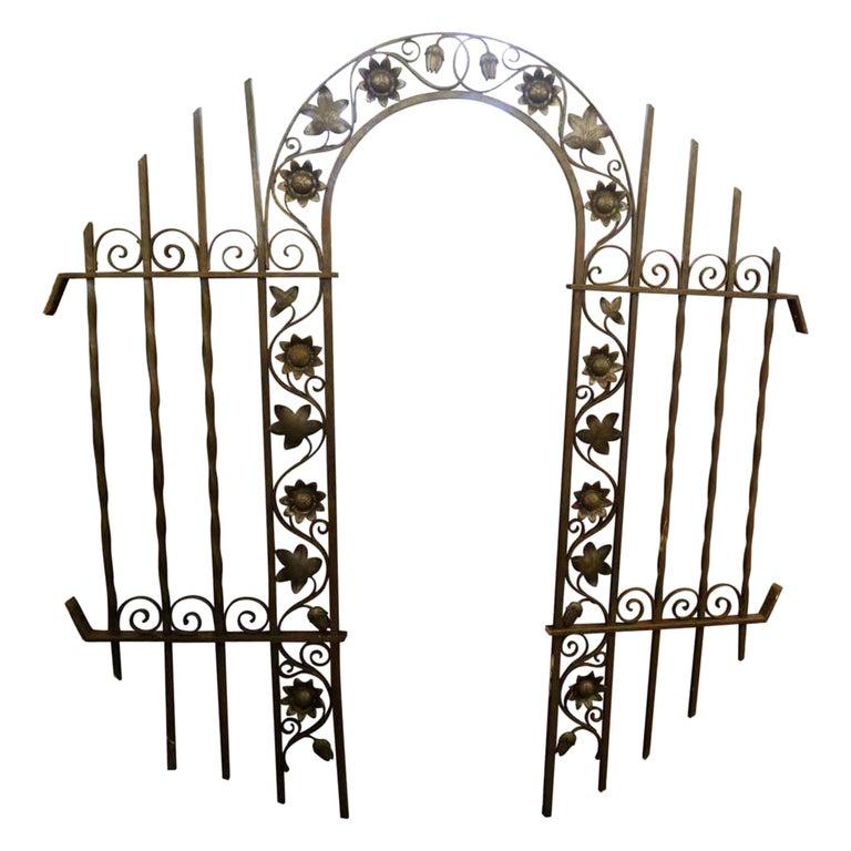 1920s Wrought and Cast Iron Art Nouveau Floral Gateway Arch For Sale