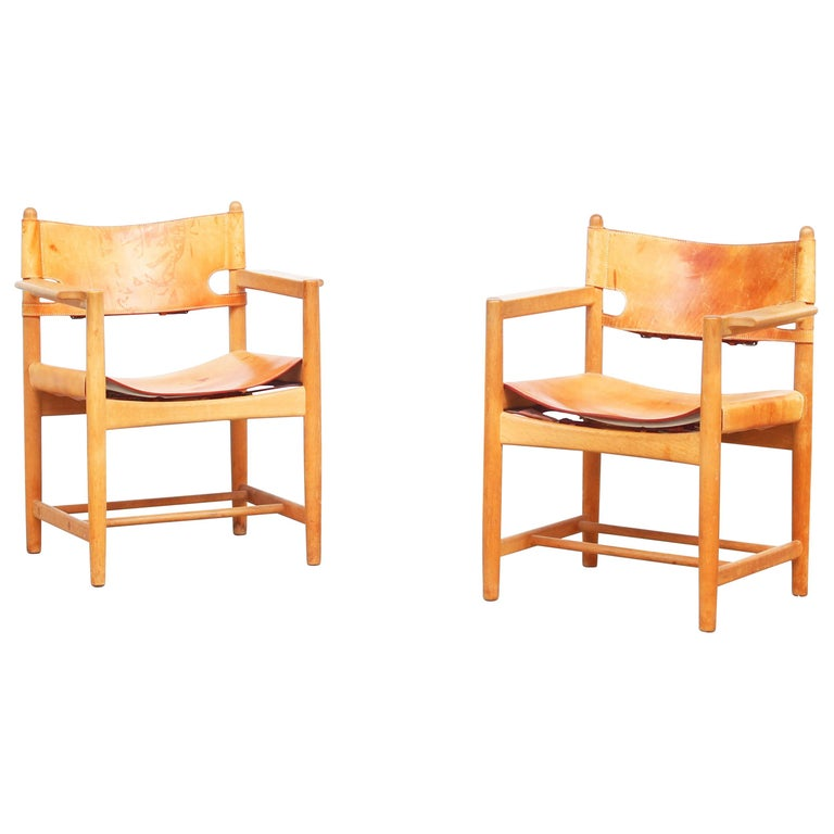 Set of Two Hunting Dining Chairs 3238 by Børge Mogensen for Fredericia Denmark For Sale