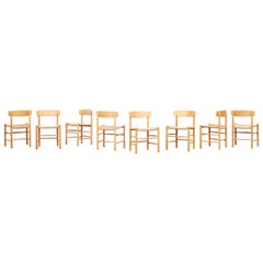 Set of 8 Danish Oak Dining Chairs by Børge Mogensen for Fredericia J39, Denmark