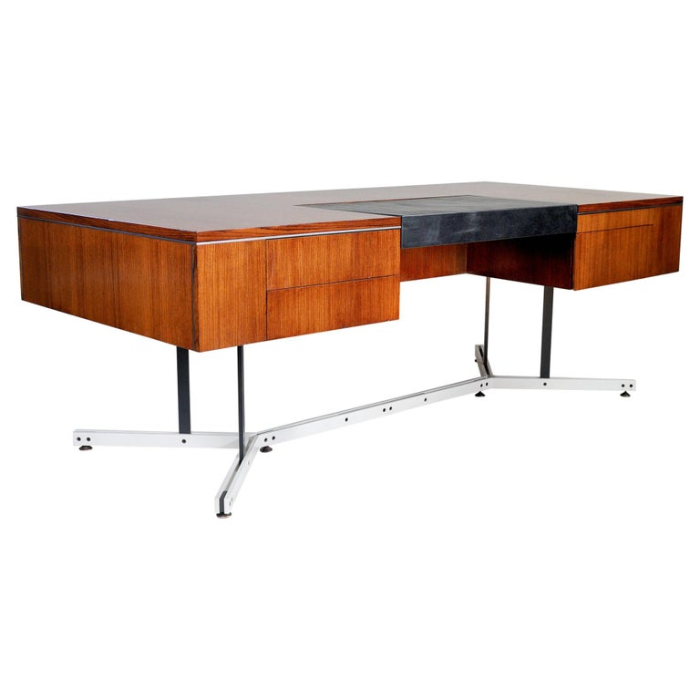 Large Rosewood Executive Desk, England, 1970 For Sale