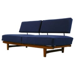 Vintage 1950s Mid-Century Modern Knoll 'Stella' Convertible Daybed Sofa Couch