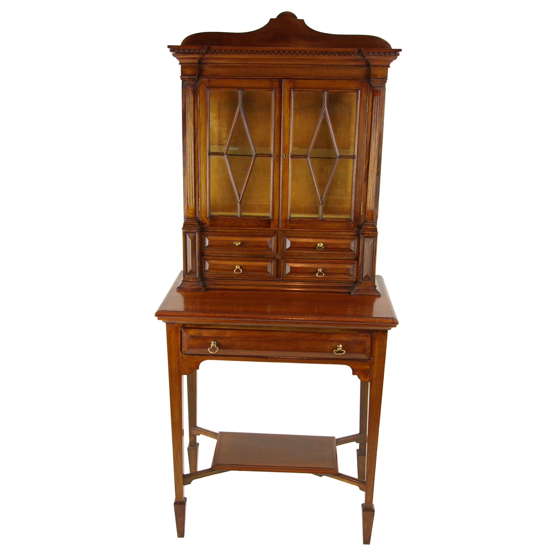 Merveilleux Antique Walnut Cabinet, Victorian Display Cabinet, Scotland, 1880s
