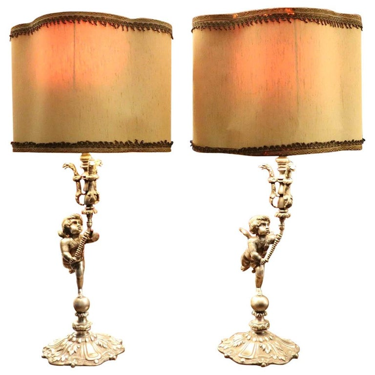 20th Century Italian Art Nouveau Silvered Bronze Pair of Table Lamp For Sale