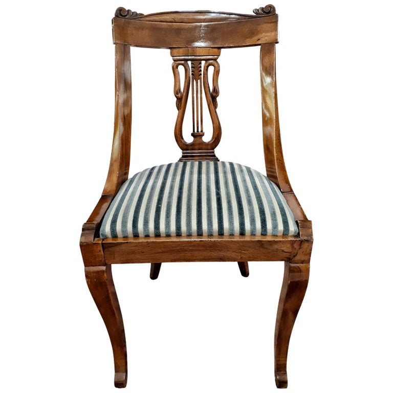 19th Century Napoleon III Walnut French Gondola Chair Restored For Sale