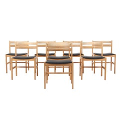 Børge Mogensen Eight Dining Charis, Model Asserbo, Oregon Pine and Black Leather