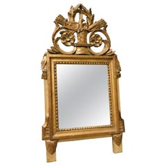 18th Century Antique Small Mirror in Gilded Wood, Sculptures Birds and Arrows