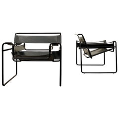 "Marcel Breuer Bauhaus Leather B3 ""Wassily"" Armchair for Gavina, 1972, Set of 2"