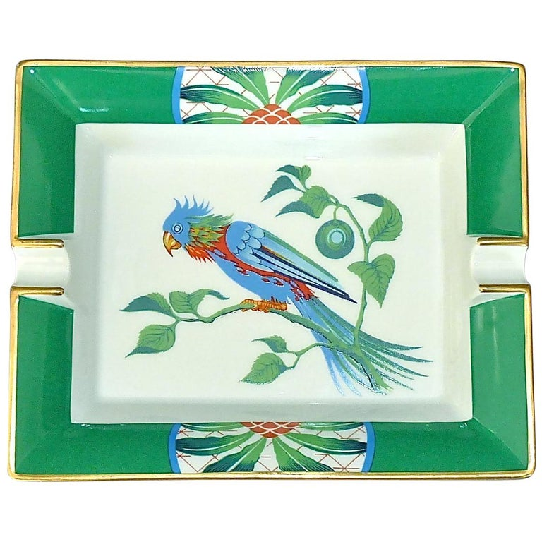 Vintage Hermès Paris Porcelain Ashtray Parakeet Bird Motif Gilt Green Red Blue For Sale