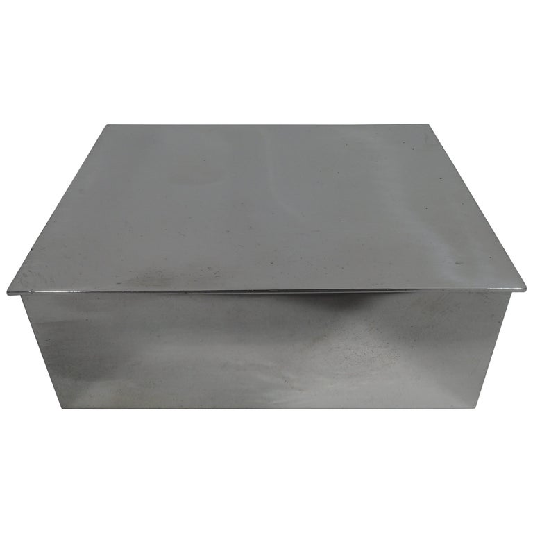 Tiffany Modern and Compact Sterling Silver Box For Sale