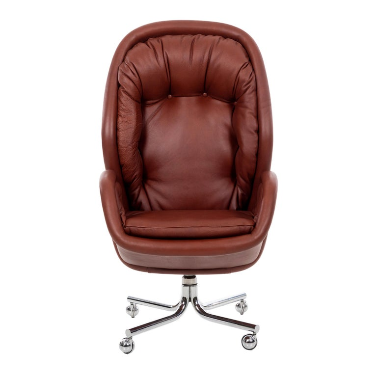 Domore Executive Desk Chair For Sale