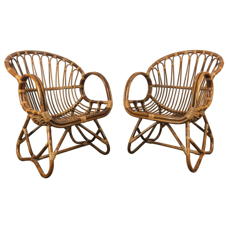 Pair of Mid-Century Modern after Franco Albini Bamboo or Rattan Lounge Chairs For Sale