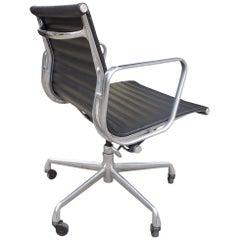 Midcentury Eames Aluminium Group Management Stühle für Herman Miller