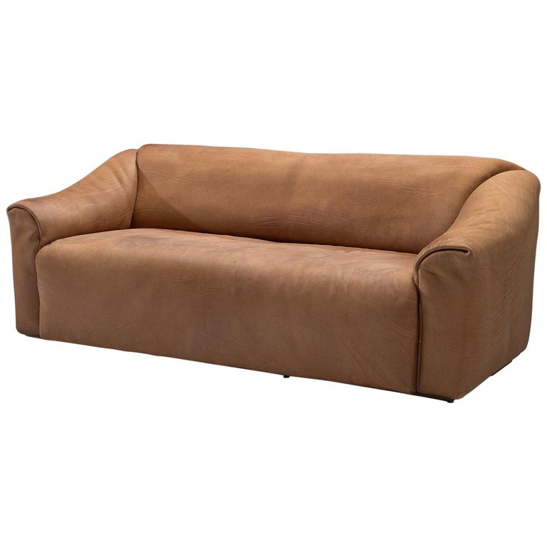 De Sede DS-47 Sofa in Cognac Leather For Sale