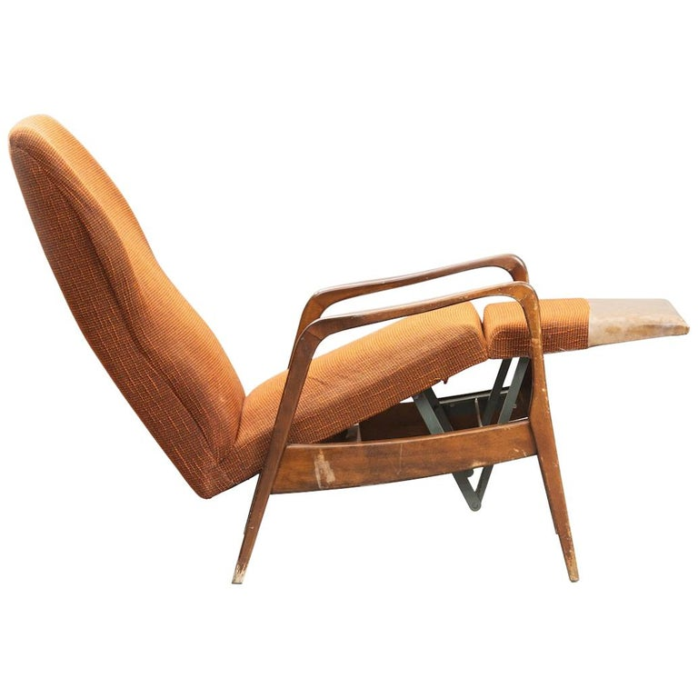 Mid-Century Modern Reclining Chair For Sale