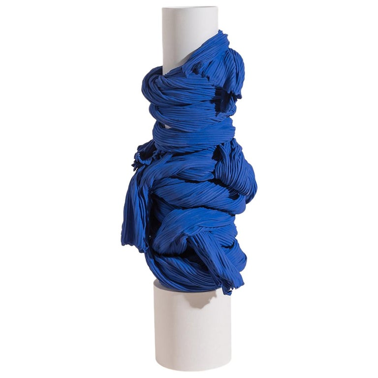Tertium Quid Vase S3 Porcelain Blue and White Fabric Texture For Sale