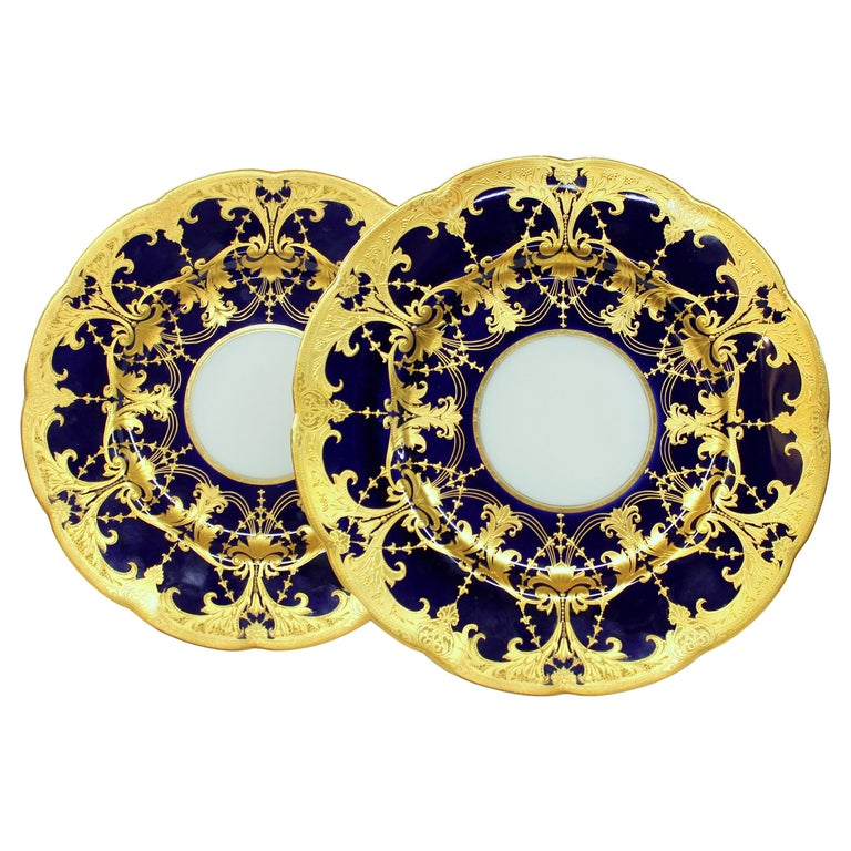 Pair of Old Minton Hand Gilt and Cobalt Porcelain Cabinet Plates For Sale