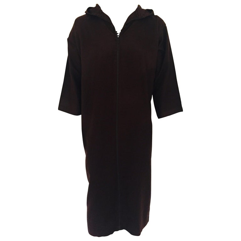 Moroccan Gentleman Hooded Brown Wool Djellaba For Sale