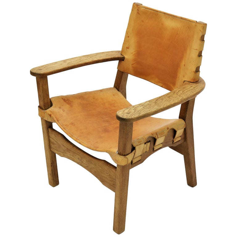 Scandinavian Modern Armchair in Oak and Saddle Leather, 1960s For Sale